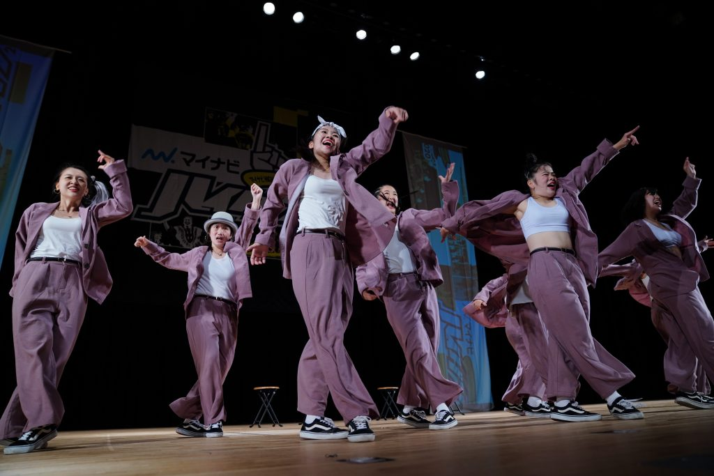 HIGH SCHOOL DANCE COMPETITION EAST VOL.1